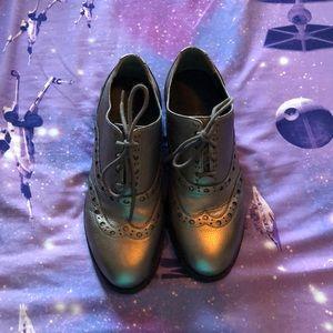 Vionic saddle shoe loafer size 7.5
